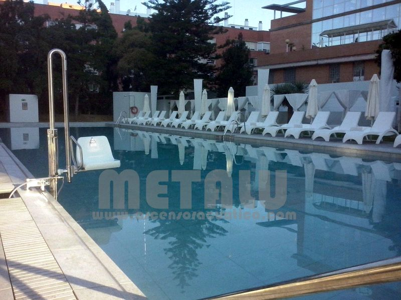 Elevador hidraulico Metalu Pk, Hotel Melia Lebreros